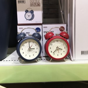 니토리 탁상 알람 시계 사리레 2컬러