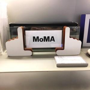 MoMA Design 뷰파인더 프레임