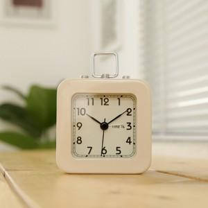 스퀘어 스틸 알람 탁상시계 아이보리 시계 추카추카넷